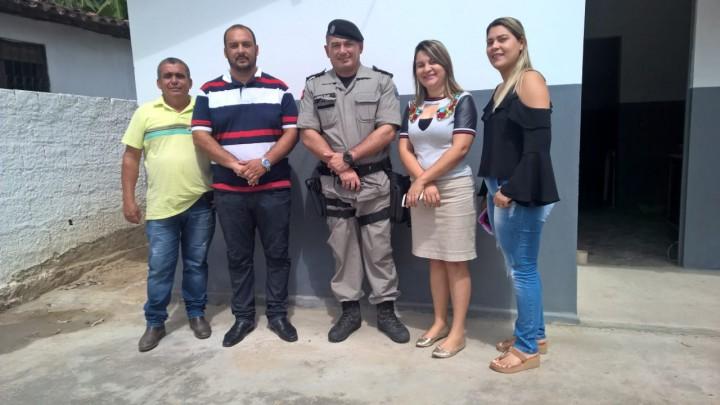 PREFEITURA E POLÍCIA MILITAR SE REÚNEM NESTA TERÇA FEIRA